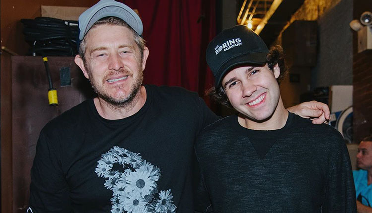Jason Nash Confronted David Dobrik About Marrying His Mom ...
